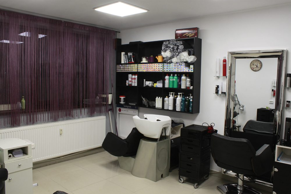 Chic Salon Titan